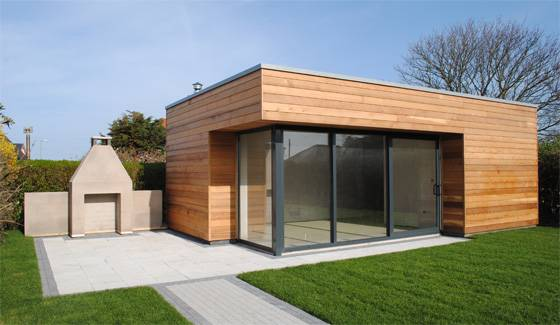 Garden rooms pretty or practical the choice is yours for Outdoor garden room designs