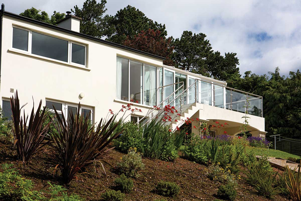 Itu0027s One Thing To Holiday In A Seaside Home, And Quite Another To Live In  One! Linda And Steve Mitchell Were Lucky To Find A Home In Their Ideal  Location Of ...