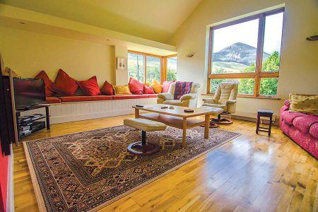 Interior-living-room-2-1